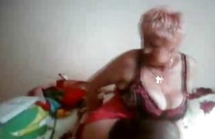Sommer Brielle riesigen Titten blonde saugen Glas dildo. kostenlose nacktbilder reife frauen