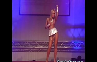 Erstaunliche Leona Streifen Ihr Kleid aus reifer deutscher sex