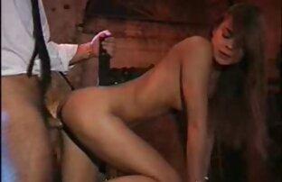 Topless granny handjob reife frauen swinger