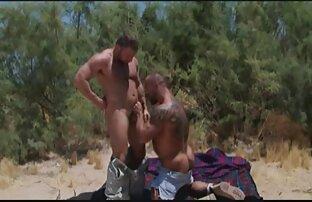 VIP4K. Schlanke Mädchen Liliane reife ladys sex genießt sex mit alten Herrn, der Ihr Chef ist